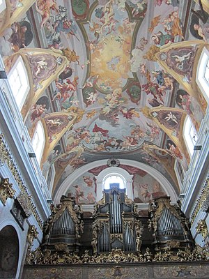 Ljubljana Cathedral - Image: Ljubljana Cathedral ceiling and organs