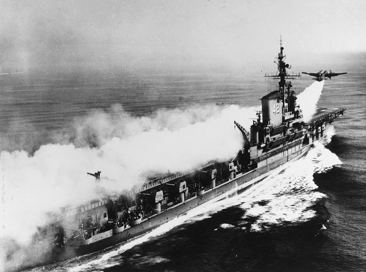 1200px-Lockheed_P2V-3C_Neptune_takes_off