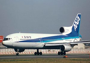 Lockheed TriStar (All Nippon Airways) 14.jpg