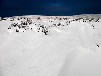 English: Long Mynd in Shropshire after a snow ...