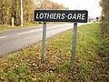 Lothiers-FR-36-gare-panneau-01.JPG