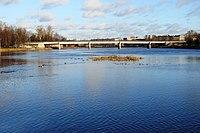 Lovat reka.jpg