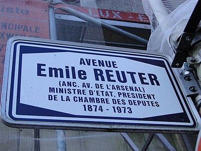 Comment aller à Avenue Émile Reuter en transport en commun - A propos de cet endroit