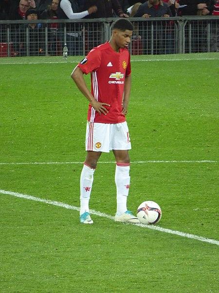File:Manchester United v RSC Anderlecht, 20 April 2017 (29).jpg - Wikimedia Commons