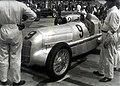 Manfred von Brauchitsch Mercedes-Benz W25 1934.jpg