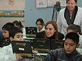 María Eugenia Vidal con alumnos beneficiados por el Plan Sarmiento (7489592012).jpg
