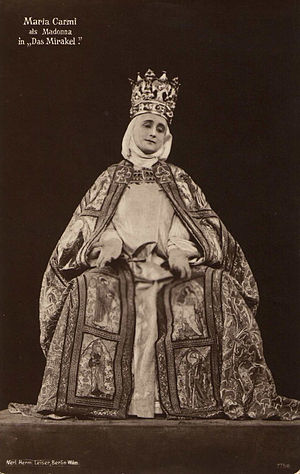 The Miracle (1912 film) - Maria Carmi as the Madonna in a publicity shot for the Olympia production.