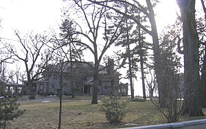 Neighborhoods of Davenport, Iowa - One of the large houses in the McClellan Heights neighborhood