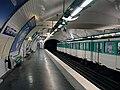 Metro de Paris - Ligne 11 - Place des Fetes 03.jpg