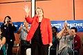 Michelle Bachelet participa en un encuentro con dirigentes sociales y vecinales de Puente Alto. (8654744379).jpg
