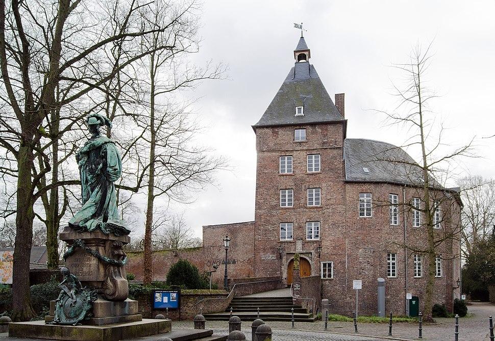 Moers Castle (2014)