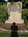 Monument (Lewis & Clark Sent out) P5300158.jpg