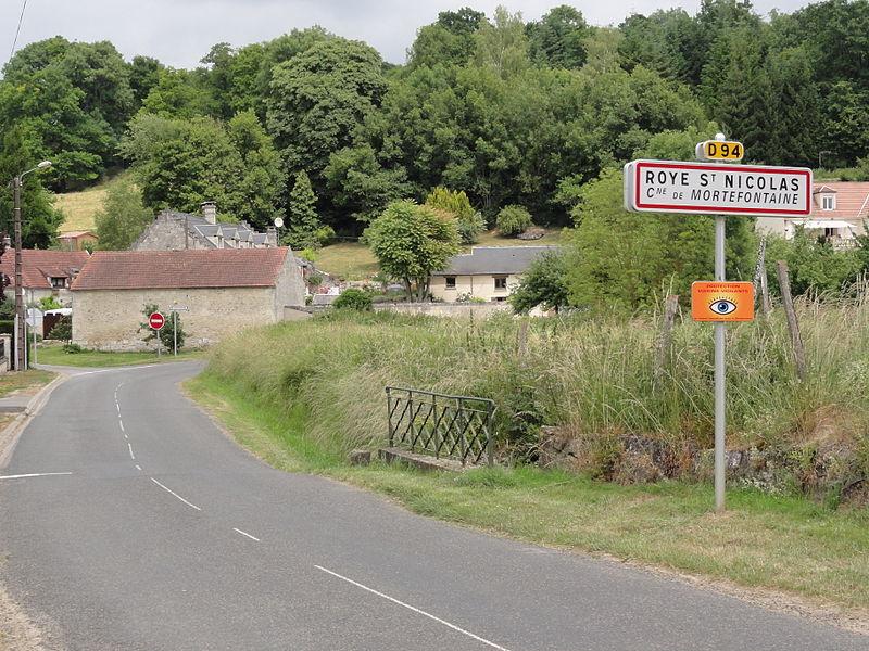 Mortefontaine (Aisne) city limit sign Roye-Saint-Nicolas