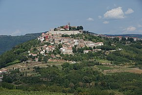 Motovun Istria from South.jpg