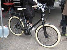 Vélo urbain électrique Moustache Lundi 26, 2012