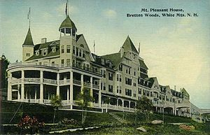 Carroll, New Hampshire - Image: Mt. Pleasant House, Bretton Woods, White Mts., NH