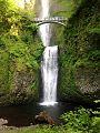 Multnomah Falls by Max Benbassat.jpg