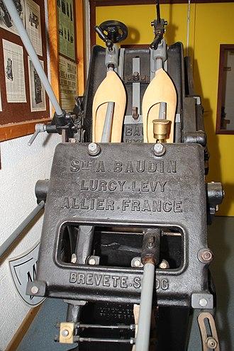 Lurcy-Lévis - Image: Musée des métiers du bois de Labaroche 165