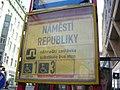 Náměstí Republiky, přenosný zastávkový sloupek, označení.jpg