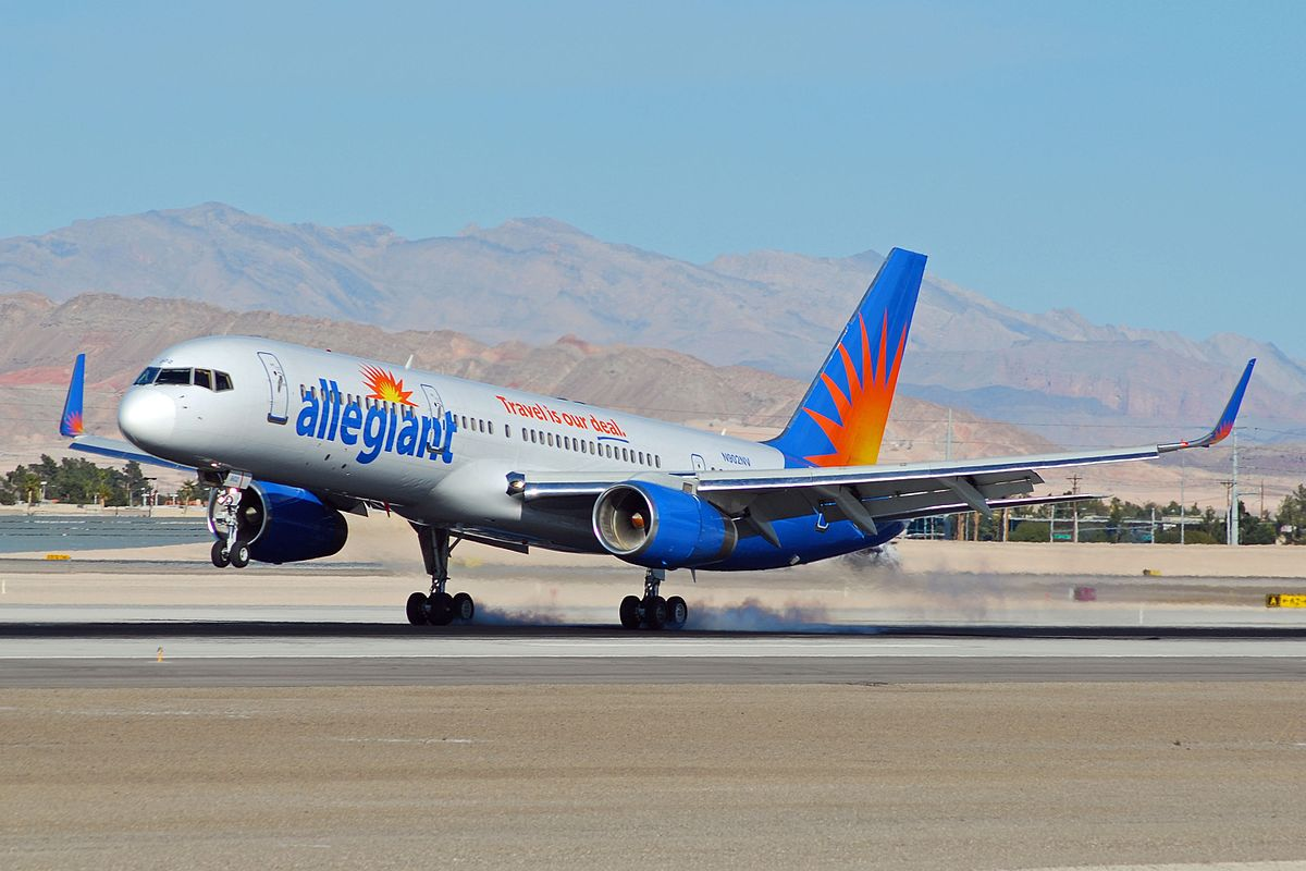 Allegiant Airlines (source: Wikimedia.org)