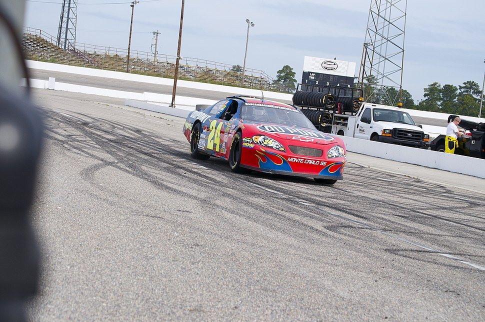 NASCAR Racing Experience 24