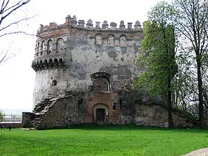 New Tower of the Ostroh Castle (Klymenko).jpg