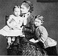 Nicholas 4th Duke of Leuchtenberg's wife with sons.jpg