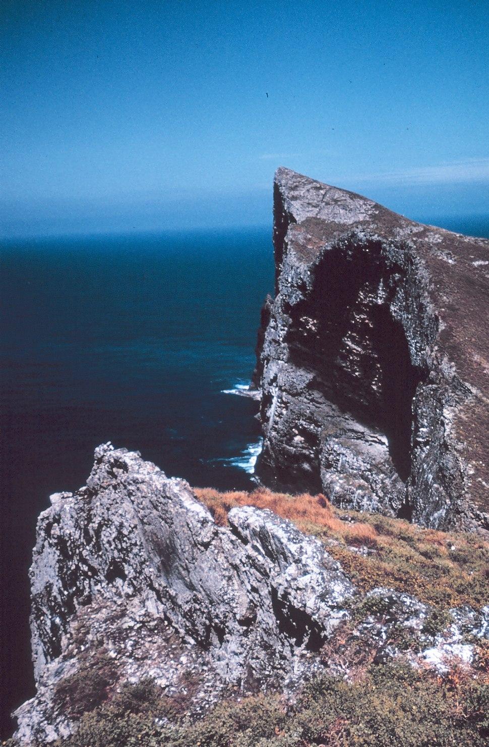 Nihoa cliff