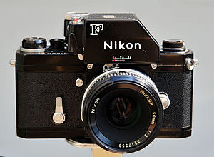 System camera - Nikon F with interchangeable photomic TTL metering prism