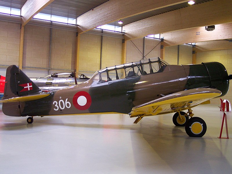 File:North American Harvard.jpg