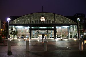Oakland – Jack London Square station - Image: Oakland Train Station