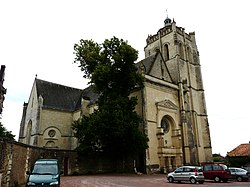 Oiron collégiale Saint Maurice (2).JPG