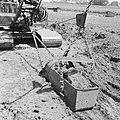 Ontginning, grondbewerking, egaliseren, bezanden, draglines, wateregge, Bestanddeelnr 159-0474.jpg