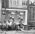 Opdracht Parool Zonnebaders in Amsterdam Serie, Bestanddeelnr 915-2449.jpg