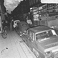 Opdracht Volkskrant. Leger des Heils slaat meubilair van bezetters Sarphatistraa, Bestanddeelnr 923-3946.jpg