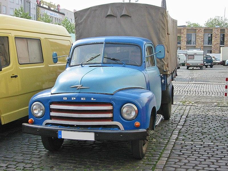 800px-Opel_blitz_pritsche_1_sst.jpg