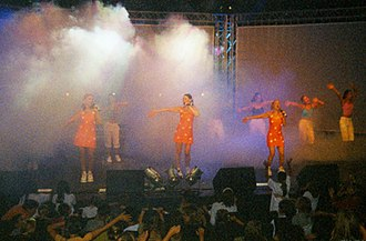 K3 (band) - K3 performance - Oostende - 2001