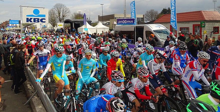 Oudenaarde - Ronde van Vlaanderen Beloften, 11 april 2015 (C33).JPG