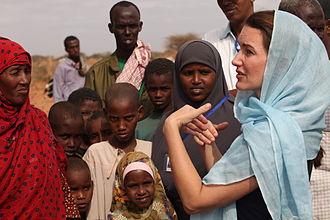 Kristin Davis - Oxfam Ambassador Davis visits Dadaab refugee camp in Kenya