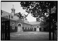 PERSPECTIVE VIEW OF COURTYARD - Caumsett Manor, Polo Stables, Lloyd Neck, Lloyd Harbor, Suffolk County, NY HABS NY,52-LOHA.V,1-B-4.tif