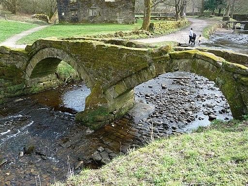 Packhorse Bridge Wycoller 09