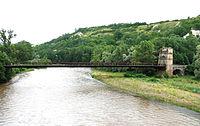 Parentignat - Pont suspendu sur l'Allier.JPG