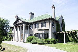 Samuel McLaughlin - Parkwood Estate in 2007
