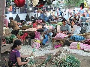 Pasar pagi - Pasar Keputran, one of pasar pagi in Surabaya, Indonesia.