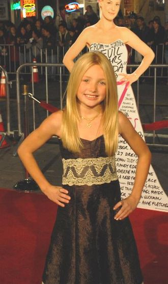 Peyton List (actress, born 1998) - List at the 27 Dresses premiere in January 2008
