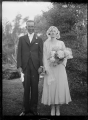 Phyllis Godber and Cecil Hartwig on their marriage day, at Silverstream, 1932 ATLIB 313148.png