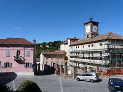 Pietra Marazzi-piazza Umberto I.jpg