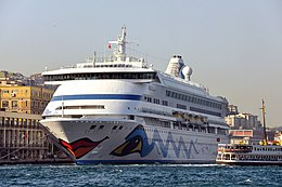 Port of Istanbul, Turkey 001.jpg