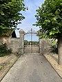 Portail du cimetière de Messy (77).jpg