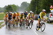 Stage 6 with Jakob Fuglsang in yellow jersey (with red on shoulders at left)